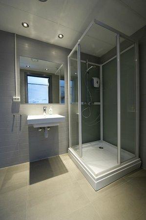 Svalbard Hotel : Shower