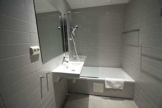 Svalbard Hotel : Bath tub