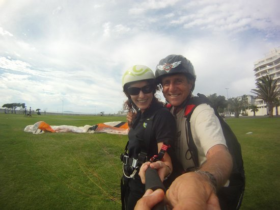 Cape Town Tandem Paragliding: Landed Safely - Thanks Peter!!