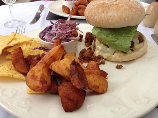 The Jacobean Hotel: Chilli Burger