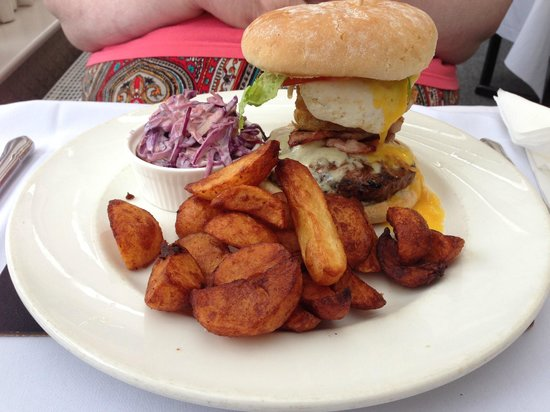 The Jacobean Hotel: Gourmet Burger