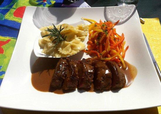 Auberge de la Couronne Restaurant: Filet of Lamb w. Ginger