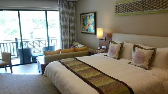Shangri-La's Rasa Ria Resort & Spa: Our Garden Wing room