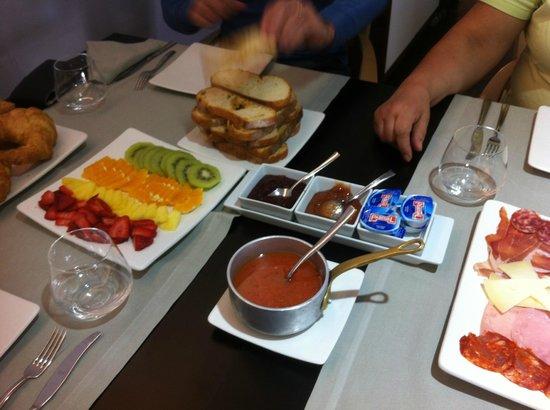 Hotel Restaurante Masia la Torre : Breakfast