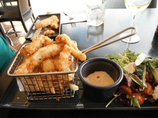 Fiction Bar & Restaurant: S&P Calamari