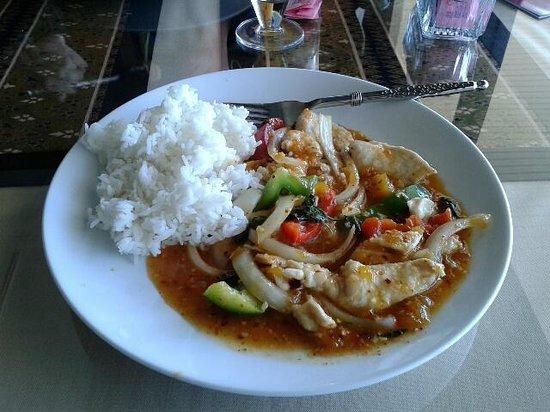 Taste of Thailand: Mango Chicken Lunch Plate