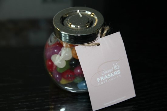 Fraser Suites Perth: Complimentary Jelly Beans
