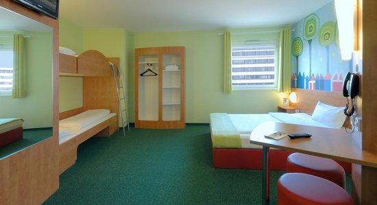 B&B Hotel Darmstadt: Familienzimmer für 4 Personen