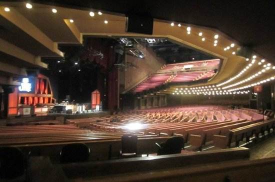 The Grand Ole Opry: Auditorium