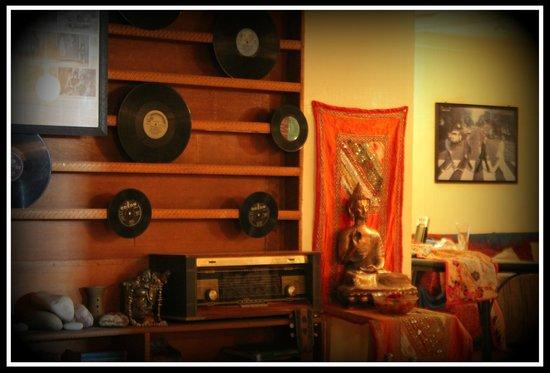60's (Cafe Delmar/Beatles Cafe): vinyls