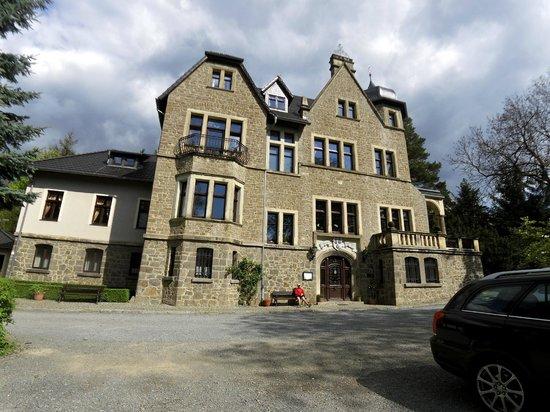 Schloss Stecklenberg: Aussenansicht