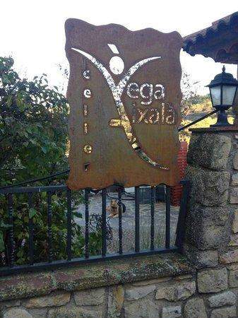 Serra de Prades Camping - Bungalow Park : Celler Vega Aixalà