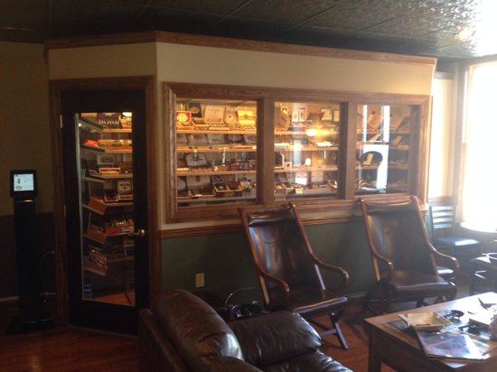 Allegheny Street Cigar Company: Great selection