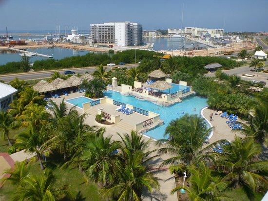 Blau Marina Varadero Resort: The smaller quiet pool