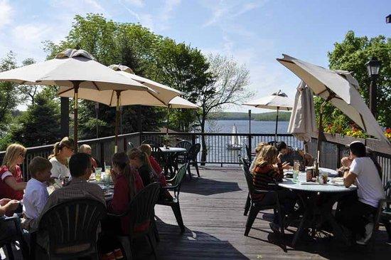 Ehrhardt S Waterfront Restaurant Our Outdoor Deck Overlooking Lake Wallenpaupack