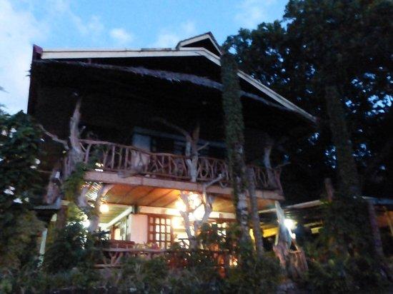 Casa Roca Inn by moonlight