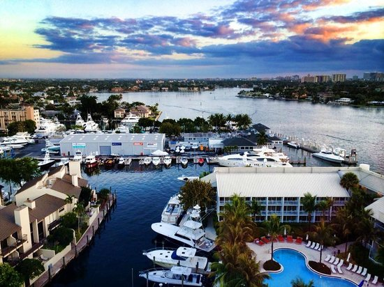 Hilton Fort Lauderdale Marina : Morning View from 14th floor (HH)