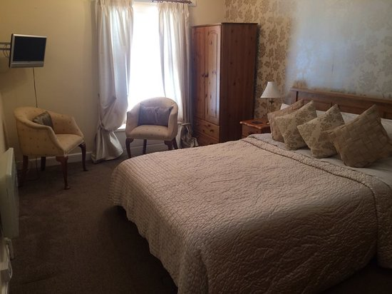 The Bromley: Luxury king size room with bathroom