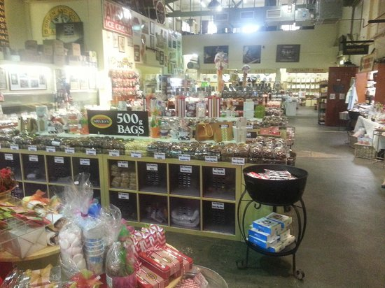 Melba's Chocolate & Confectionery: View 2