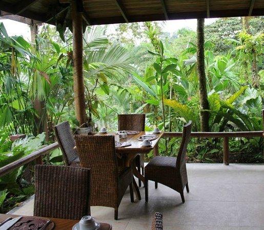 Lost Iguana Resort & Spa: Dining Area