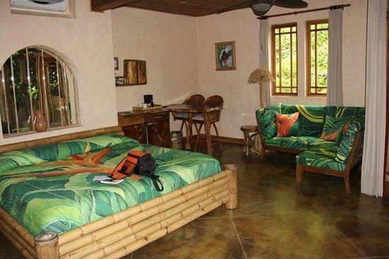 Lost Iguana Resort & Spa: Bedroom