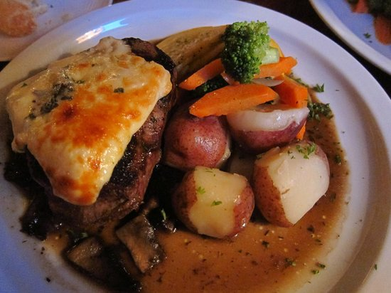 Tanglewoods: Grilled Filet Mignon with Gorgonzola Cheese in portobello mushroom demi-glace with Red potatoes