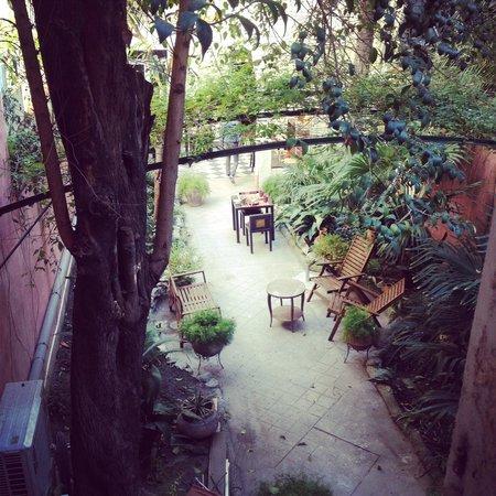 Le Ryad Boutique Hôtel: vue jardin de la maison