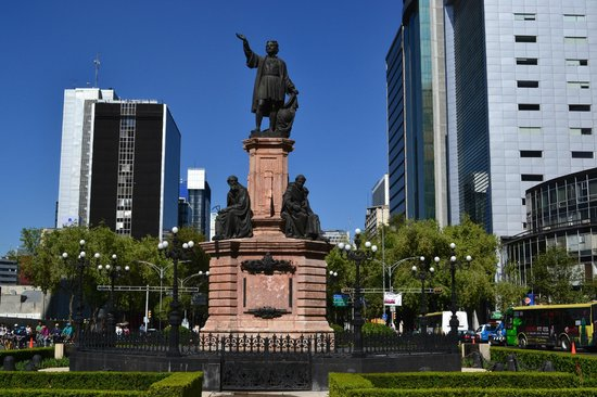 Le Meridien Mexico City : Out the front door