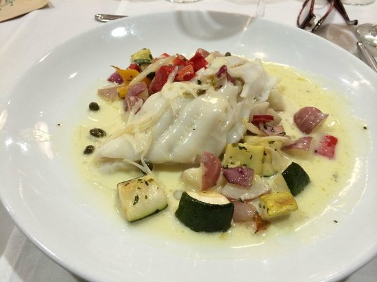 "Seaglass Oceanfront Restaurant & Lounge: Main course--Sole stuffed with crab, potatoes ""risotto"""