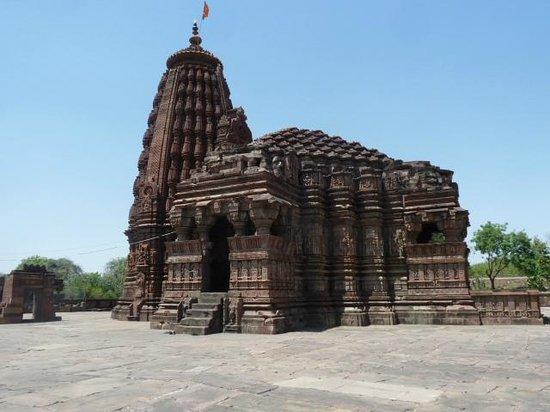Image result for गिरधारी मंदिर vidisha tourism