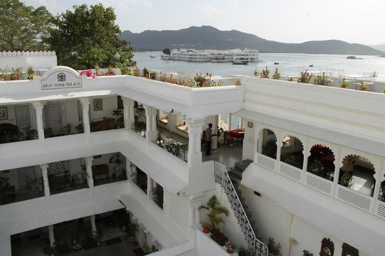 Jagat Niwas Palace Hotel: Best location ever