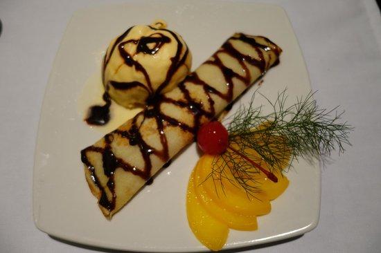 A Mi Manera : Blueberry filled pancake, yummy