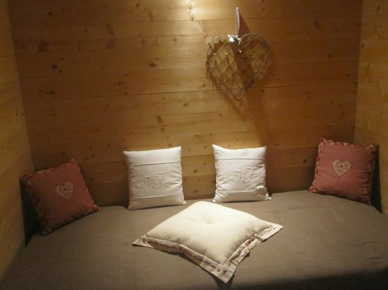 La ferme du bourgoz : familyroom single bed