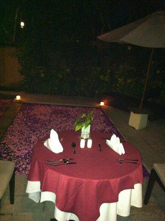Kamuela Villas and Suite Sanur: package romantique