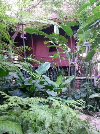 Jim-Thompson-Haus: House and garden