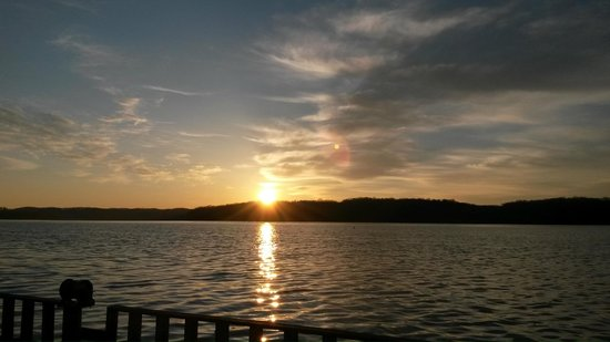 Green River Marina: Front Porch View, Sunrise