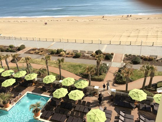 Ocean Beach Club: View from our room of the Boardwalk and beach
