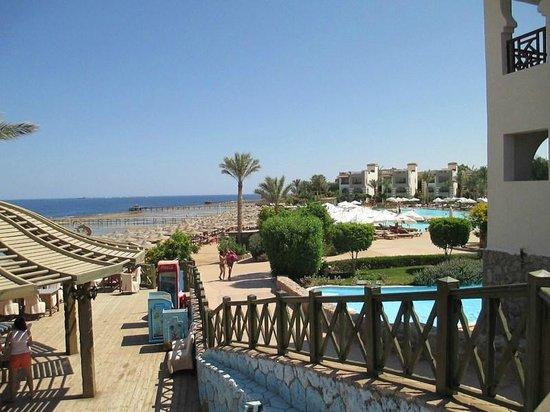 Rehana Sharm Resort: view of beach