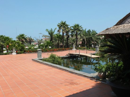 Palm Garden Beach Resort & Spa: Hotel grounds