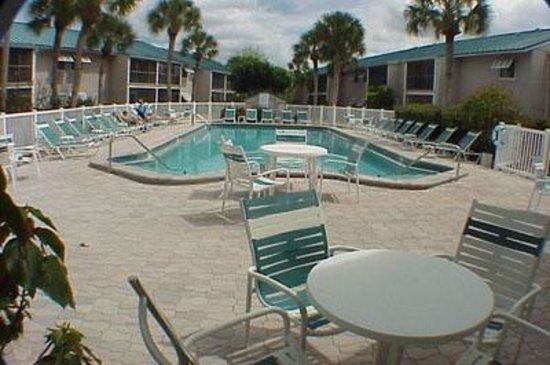 White Sands Village : pool