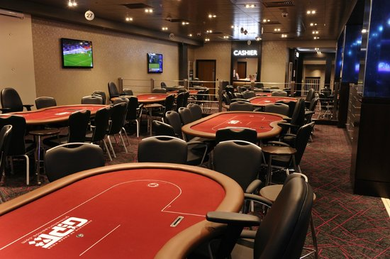 tournoi de poker gratuit ile de france