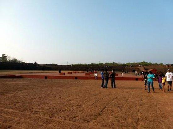 Fort Aguada: inside- courtyard