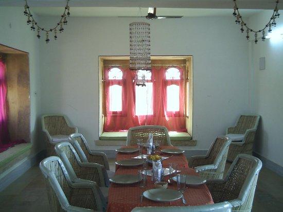 Hotel Jaisalmer Palace : Maharani restaurant (rooftop)