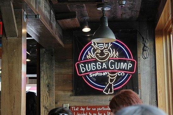 Bubba Gump Shrimp Co. Restaurant and Market: Interior