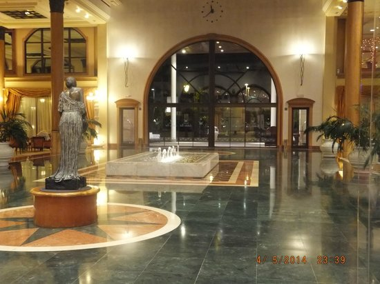 Iberostar Anthelia: hotel foyer