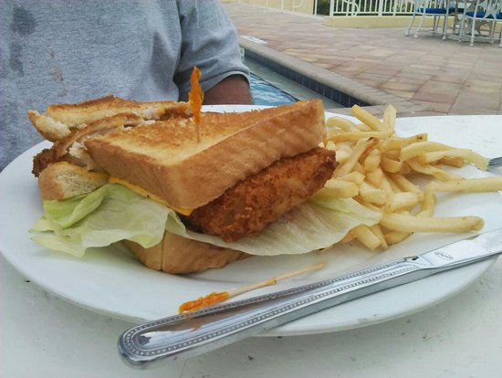 Islander Resort : Chef sandy does a wonderful job at cooking the fish sandwiches are the bomb.