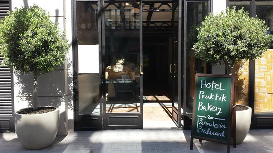 Hotel Praktik Bakery