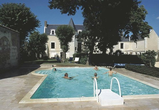 La Maison Aubelle : across the pool and gardens to the house