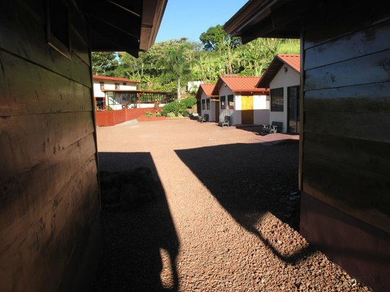 Hotel Mango Valley : This is the view from out cabin toward the dining area