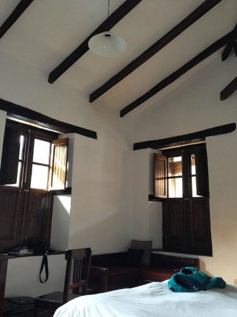 El Albergue Ollantaytambo : Our corner room --highly recommended